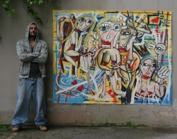 artista alessandro siviglia autoritratto con il dipinto grande '' la gelosia ''