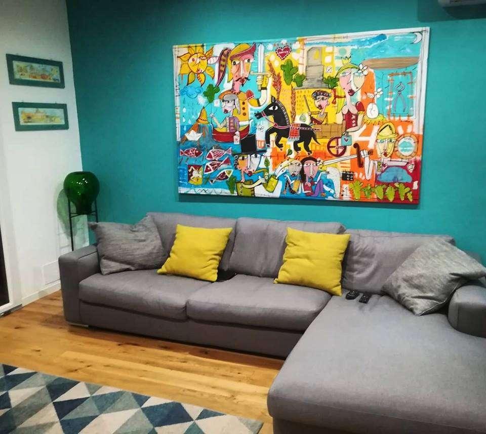 dipinto grande su parete turchese verde mare, quadro sulla sicilia, quadro con carretto siciliano e pupi, foglie di fico d'india , Alessandro Siviglia arte italiana