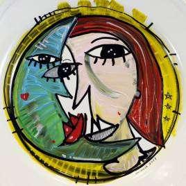 DAMA CON LUNA – Piatto in ceramica decorato